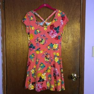 Dresses & Skirts - Pink flower printed dress